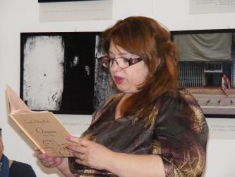Premiera Internationala: Prima carte de poezie dedicata in intregime Omanului de catre un poet strain: Camelia Iuliana Radu