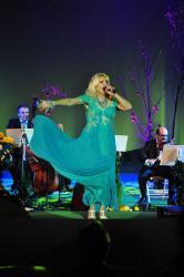 Romanta ruseasca si ungureasca, canzonete, fado si flamenco in cea de-a doua seara a Crizantemei de Aur