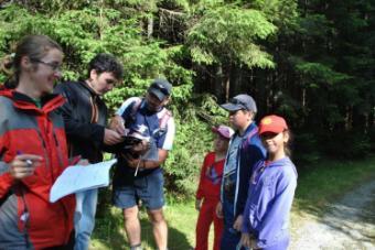 Patrunde în lumea basmului participând la Festivalul Drumeții Montane